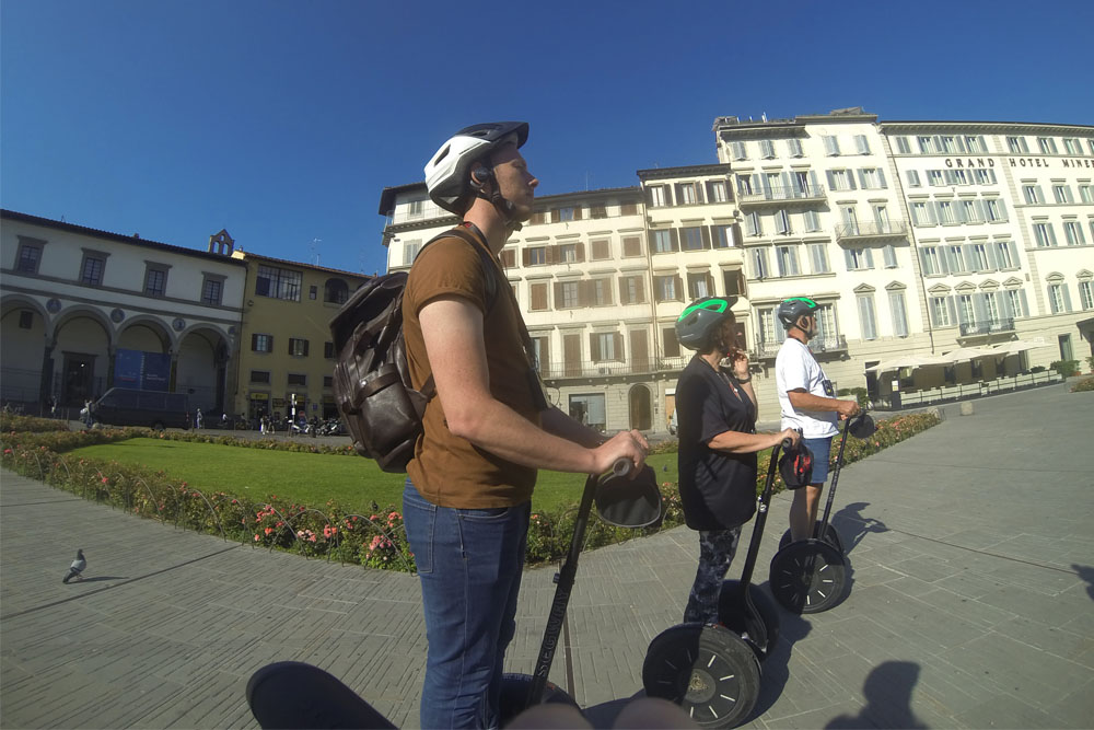florence segway tour, man on segway, family on segways